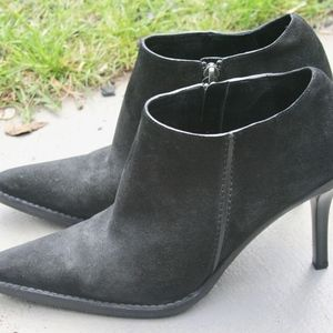 Gucci Black suede ankle boots Italy 8.5